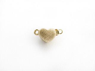Lås med indstik hjerte 7 x 8 mm ridset forgyldt sølv