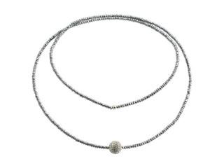 Lang kæde med facetteret sølv hæmatit og hvid simili kugle